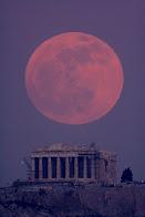 Luna en Atenas