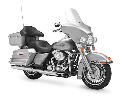 2011-Harley-Davidson-FLHTC-Electra-Glide-Classic