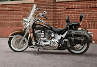 Harley-Davidson Heritage Softail Classic 110th Anniversary Edition (2013) Side
