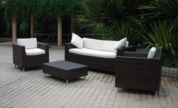 Wicker furniture Plastic wicker patio furniture