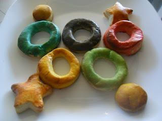 Olympic ring biscuits.