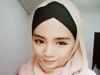 Felixia Yeap playboy model wearing hijab