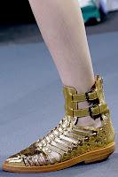 Златни сандали с каишки на Phillip Lim