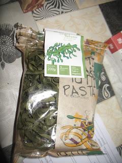 Tallarines con alga de wakame