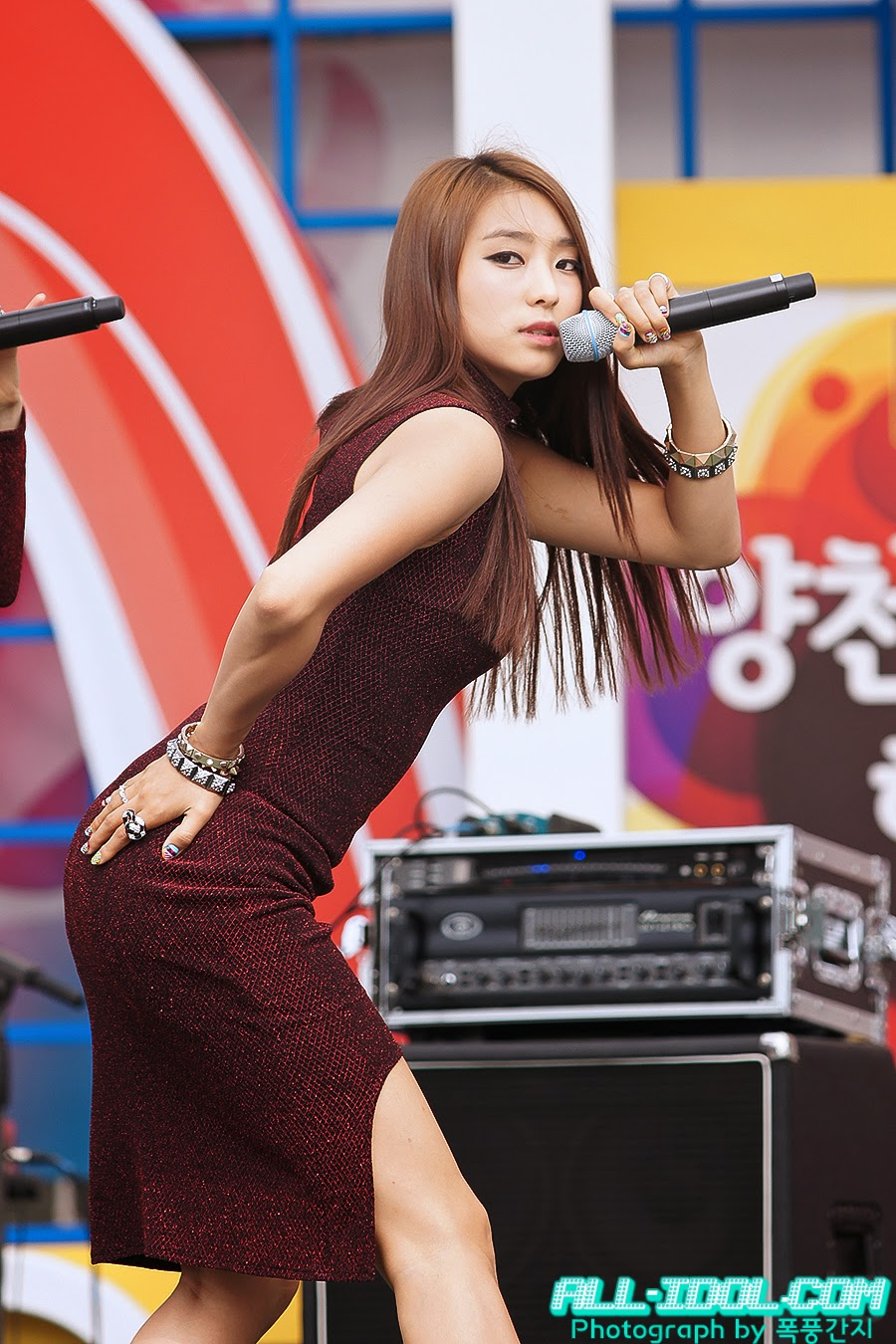 Sistar (씨스타) Bora (보라) - 'Beef day' to announce the superiority of Korea Dairy Cattle Association on 09 June 2012