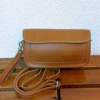 gambar clutch bag warna cokelat muda terbaru, mini clutch bag ukuran kecil, sedang