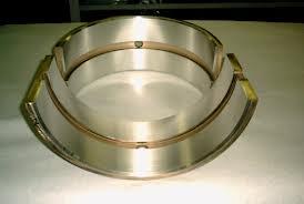 Ứng dụng phun phủ phục hồi các loại bạc Babbitt.