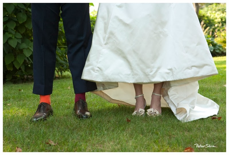 bride and groom photo feet