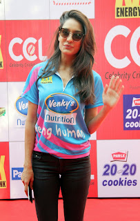 Celebrities Pictures at CCL Season 5 Mumbai Heroes Vs Veer Marathi Match CCL5  1.JPG