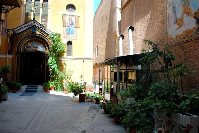 trip / travelling / Romania / synagogue / Brasov /