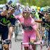 """El mal ejemplo de los """"selfies"""" en el ciclismo"""