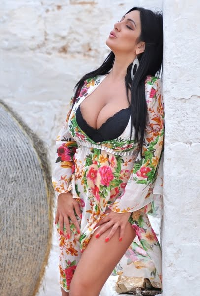 Marika Fruscio Floral Dress Pictures