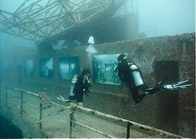 100 قدم تحت مستوى سطح البحر exhibit2b5.jpg