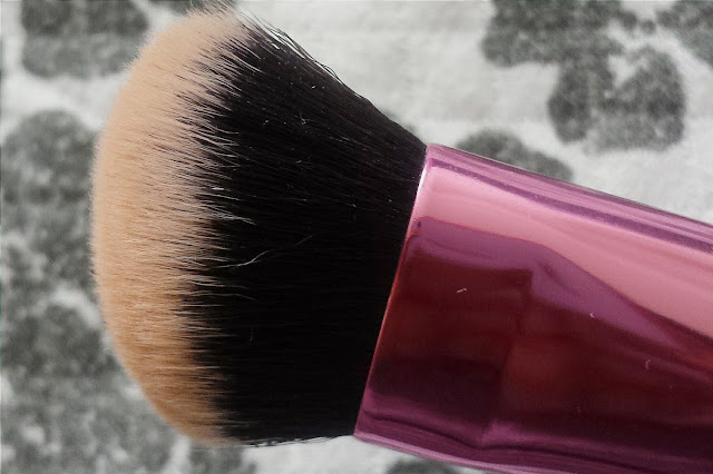 real techniques, real techniques sculpting brush, real techniques sculpting brush review