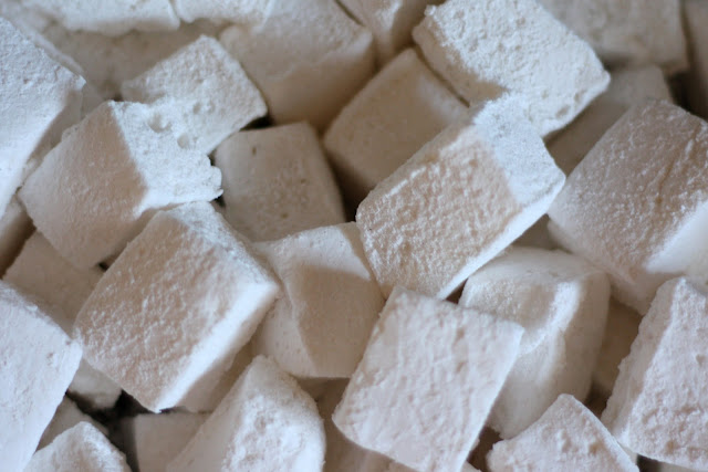 Springy, Fluffy Homemade Marshmallows - Corn Syrup Free recipe by Barefeet In The Kitchen