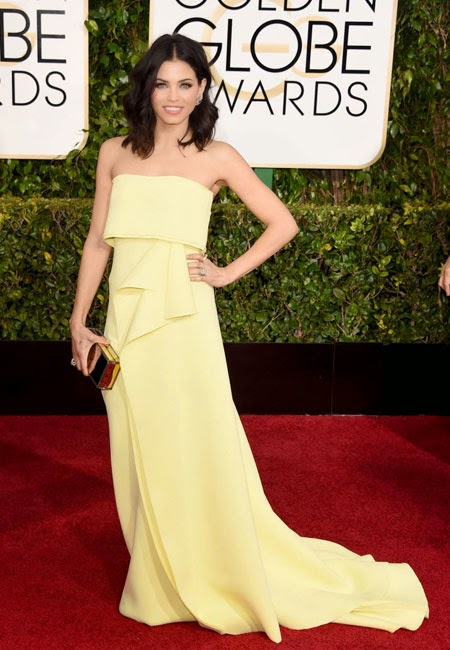 Джена Дюън Тейтъм в жълта рокля на Carolina Herrera на наградите Златен глобус 2015