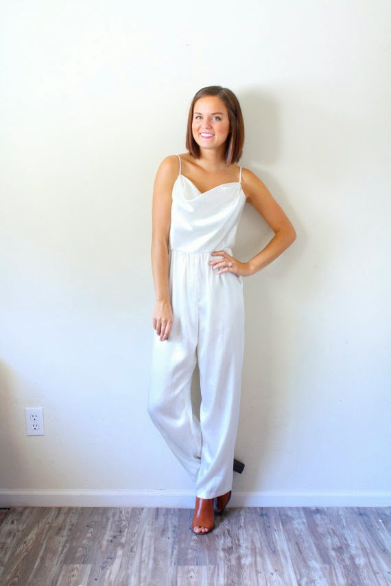 https://www.etsy.com/listing/202288489/vintage-xs-white-jumper-playsuit-romper?ref=sr_gallery_3&ga_search_query=white+jumper&ga_vintage_rewrite=vintage+white+jumper&ga_original_query=2&ga_search_type=vintage&ga_view_type=gallery