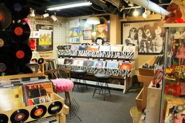Vintage Music Shop Display #vintage #music #shop