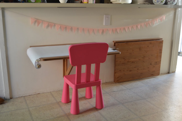 children's floating art table