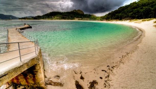 من أروع الشواطئ في العالم على خورة فقط ! cies.jpg