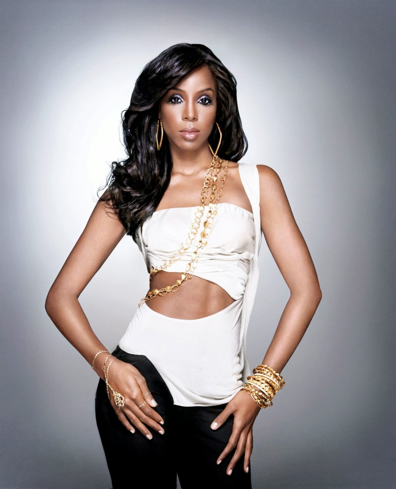AtoZ hotphotos: Kelly Rowland hot stills