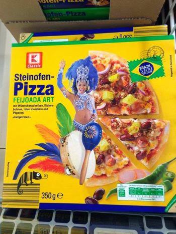 Alemães criam pizza de feijoada em homenagem ao Brasil