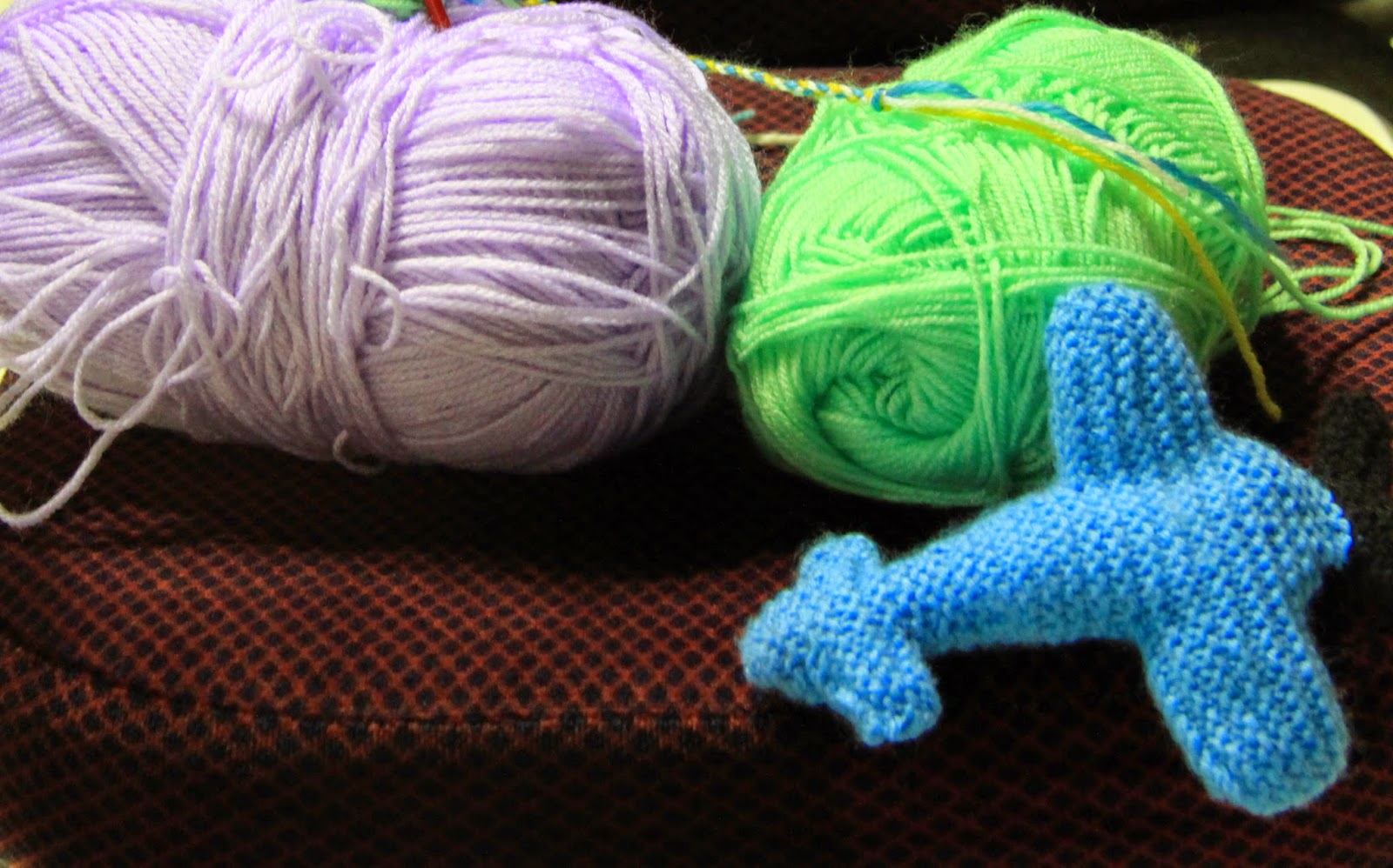 Janes Probably Knitting: How to knit an aeroplane