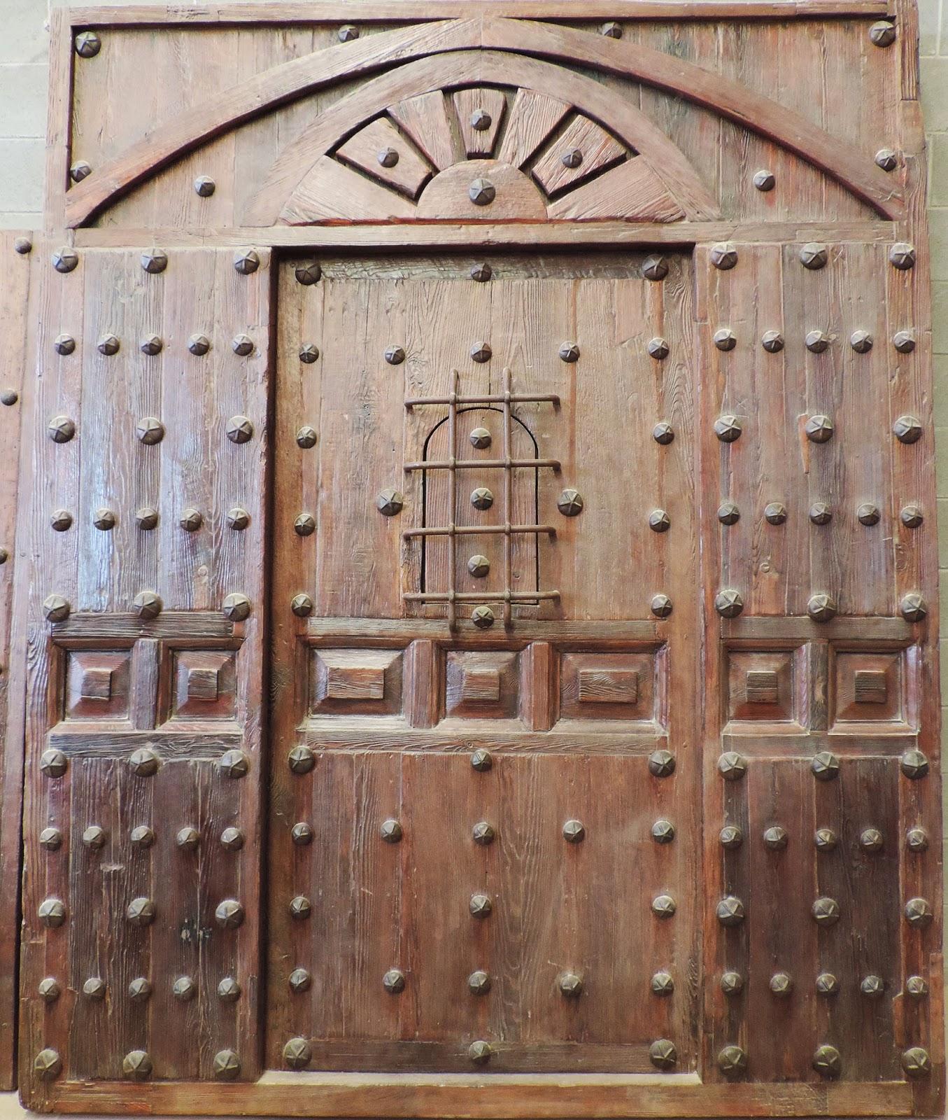 anticuario barcelona portones antiguos de madera