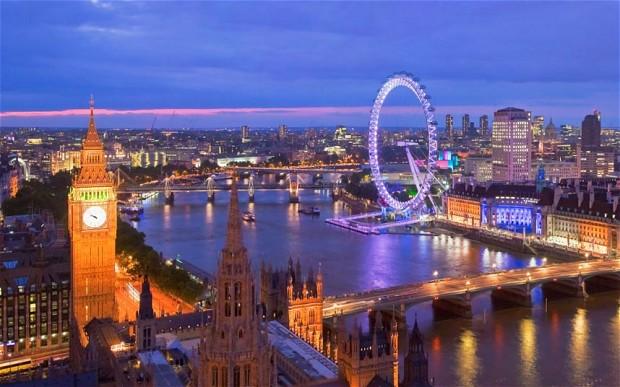 Panorámica de Londres anocheciendo