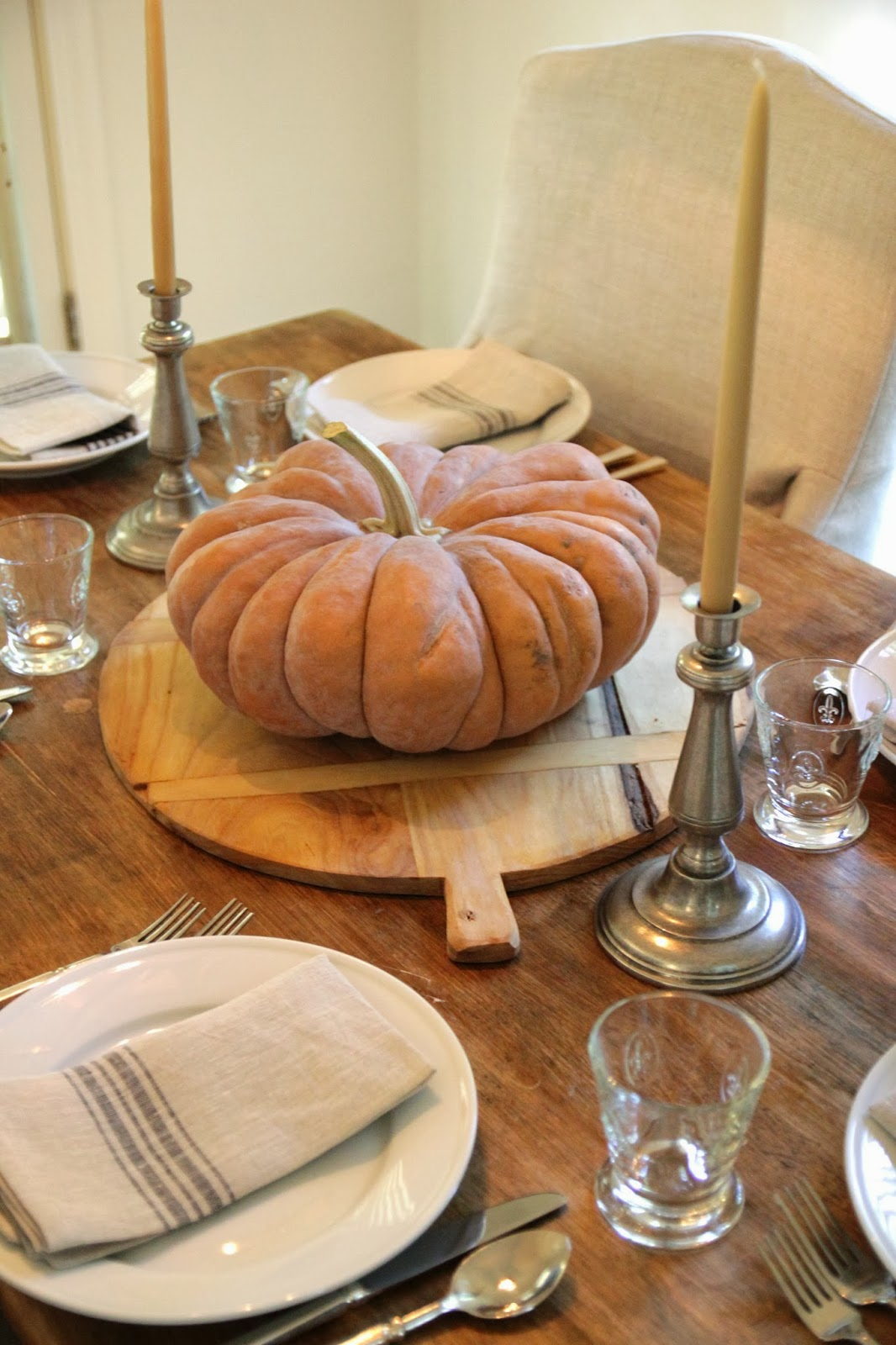 Jenny steffens hobick fall table setting with a muted for Fall table