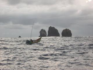 Mengarungi Samudera dengan Perahu Sepatu ??