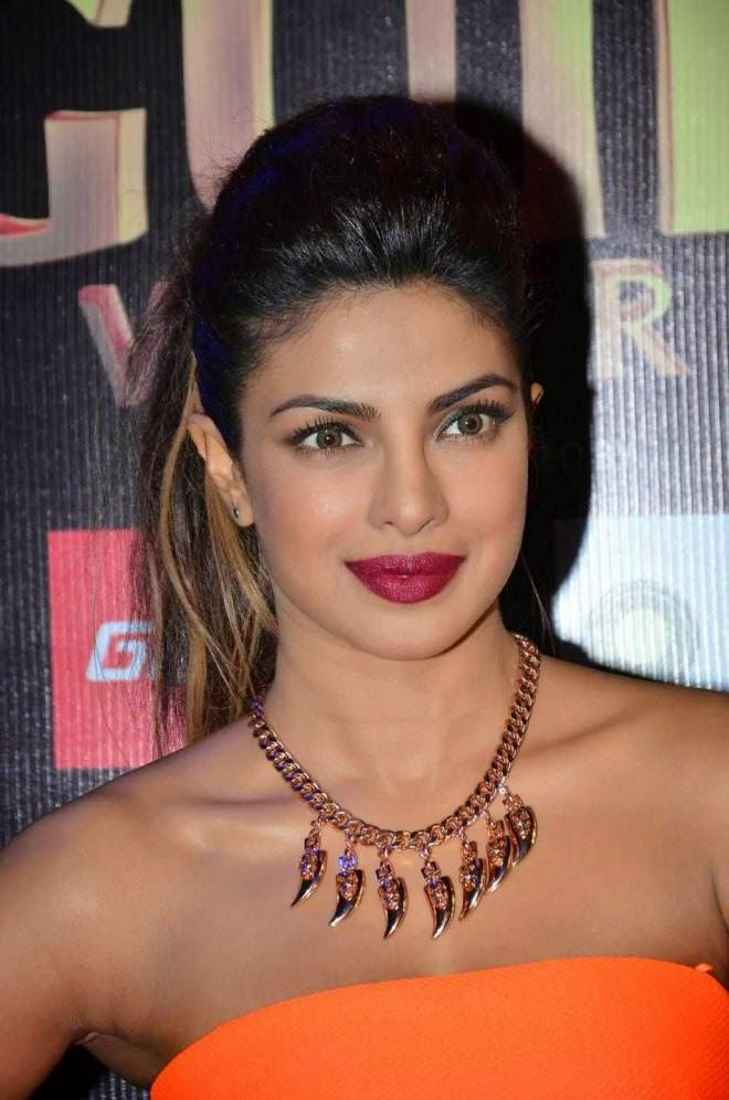 Priyanka Chopra Latest Off Shoulder Dresses Stills