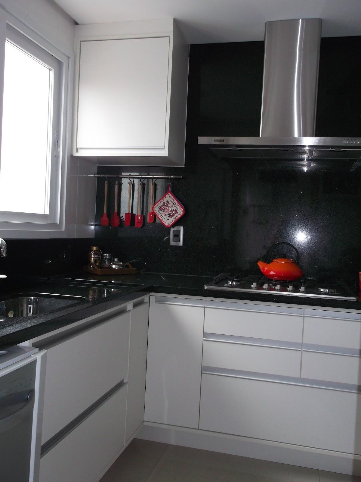 cozinha planejada fogão cooktopIdéias de decoração para casa #6D2F2F 1200 1600