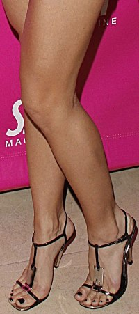 AnnaLynne McCord Feet and Legs