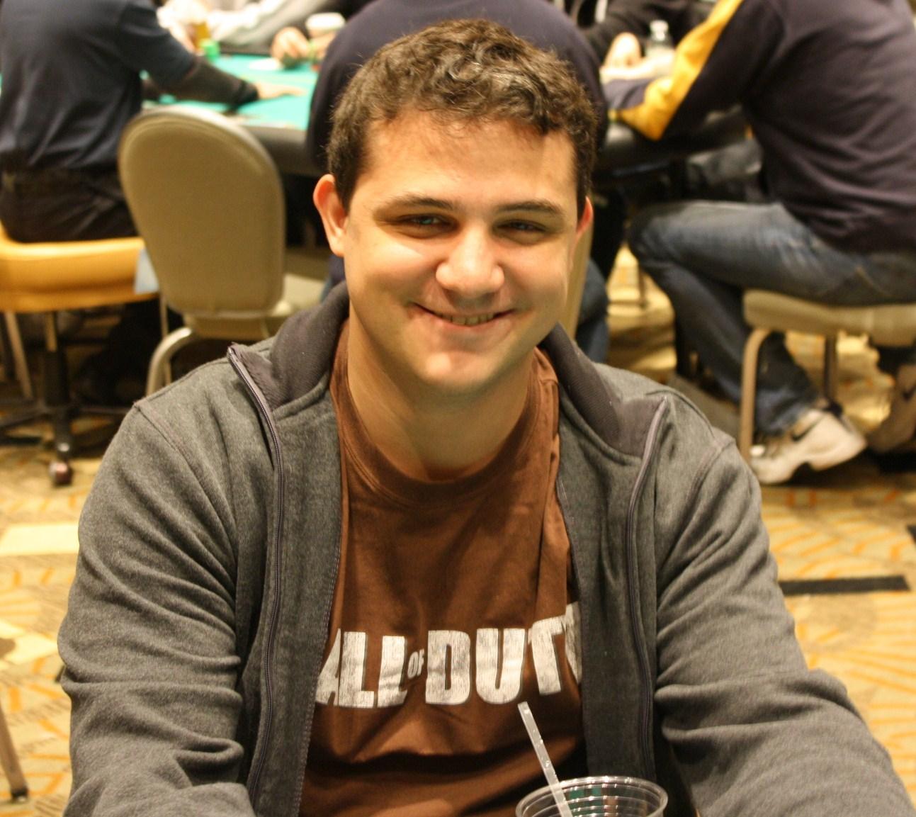 Winter poker open 2012 event 2 boat sinks boat for Peter ippolito