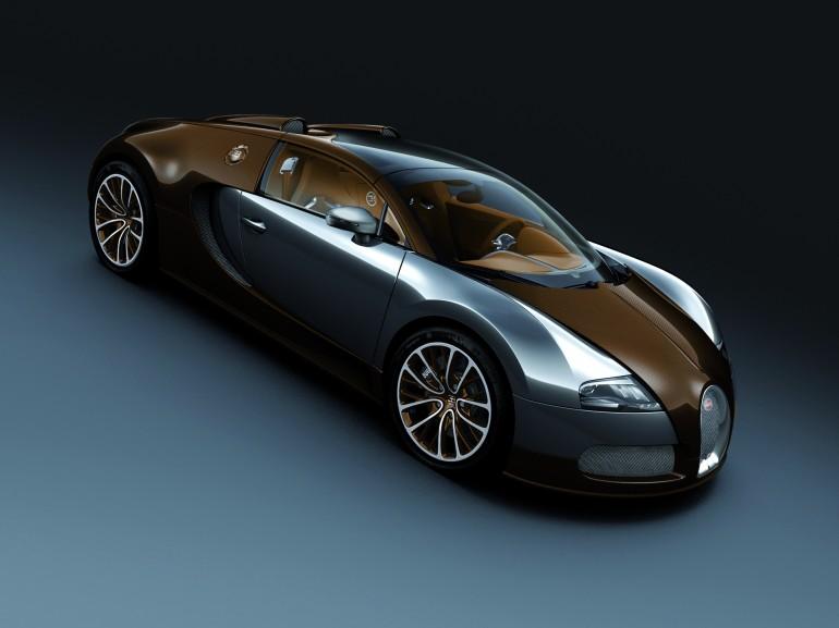 motors garage india the world 39 s fastest roadster the. Black Bedroom Furniture Sets. Home Design Ideas