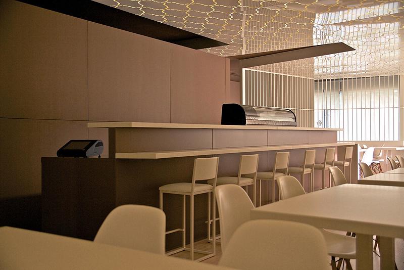 Restaurante Sushihana De A2g Arquitectura Rompiendo