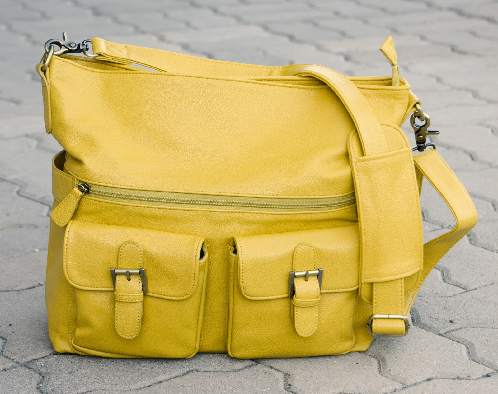 Stylish camera bag by Jo Totes