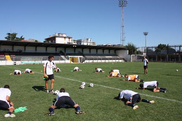 Calcio Per Bambini A Padova : Calcio è caos serie b si ferma il campionato di padova e cittadella