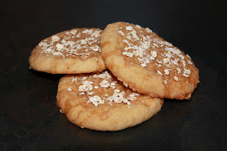 3 oat and honey chewy cookies