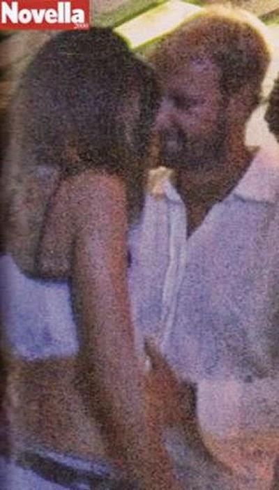 Massimiliano Rosolino balla con una sconosciuta in discoteca