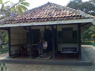 Rumah Tua Monumen Pancasila Sakti Jakarta