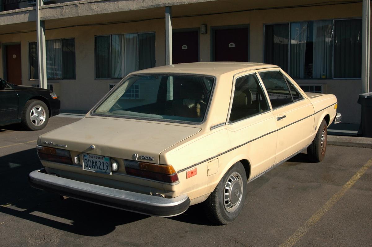http://1.bp.blogspot.com/-qGn1pGWJ0BE/T94GMEEWexI/AAAAAAAALnw/sRNwgxNayp8/s1600/1979-Audi-Fox.+-+3.jpg