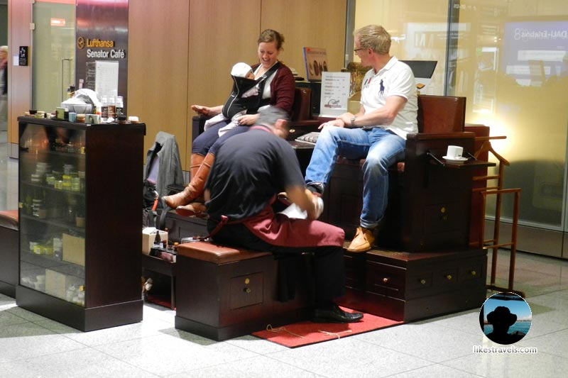Munich airport shoe corner