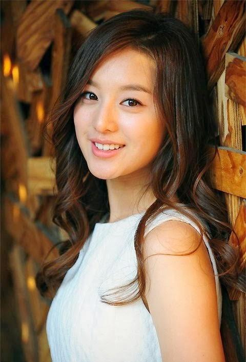 Kim Ji Won foto4