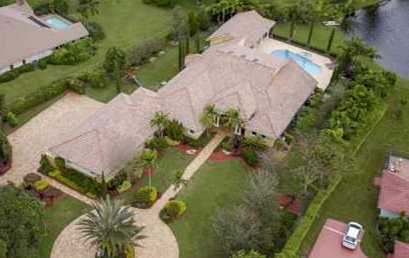 MARILYN JACOBS RECENTLY SOLD THIS 6-BEDROOM ESTATE