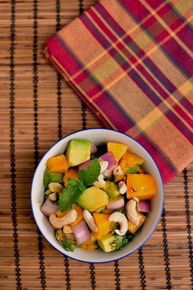 Salad with Avocado & Mango