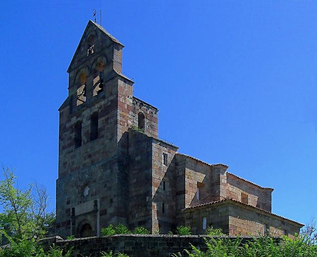 Iglesia de San Juan Bautista en Villanueva de la Nia