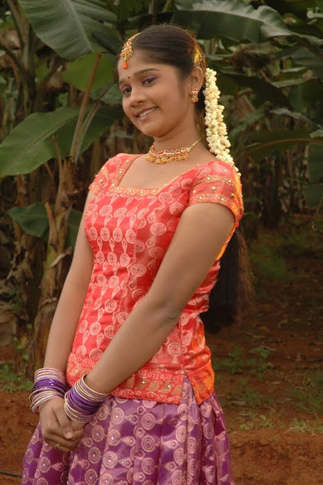 vaanadhi cute stills