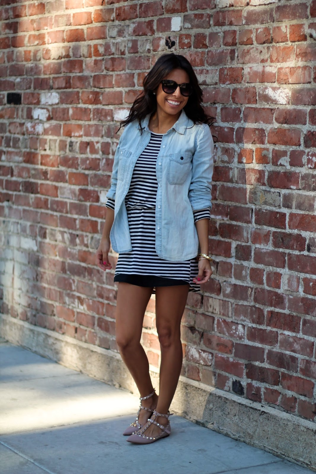 how to layer with chambray shirts